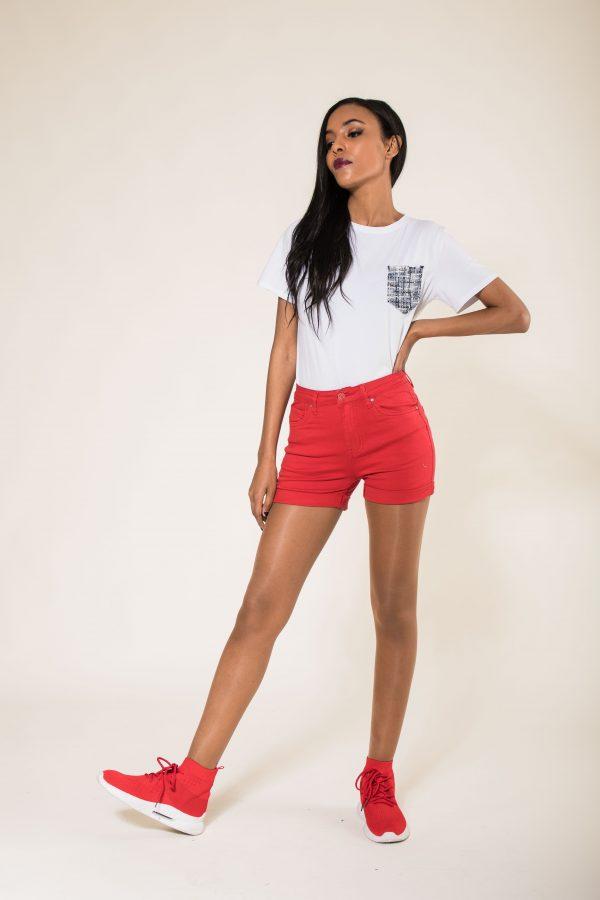 Nina Carter short rouge taille haute push up