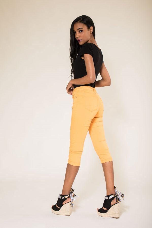 Nina Carter pantacourt jaune taille haute