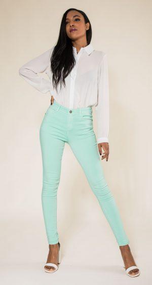 Nina Carter pantalon vert d'eau skinny push up