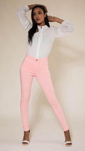 Nina Carter pantalon rose skinny push up