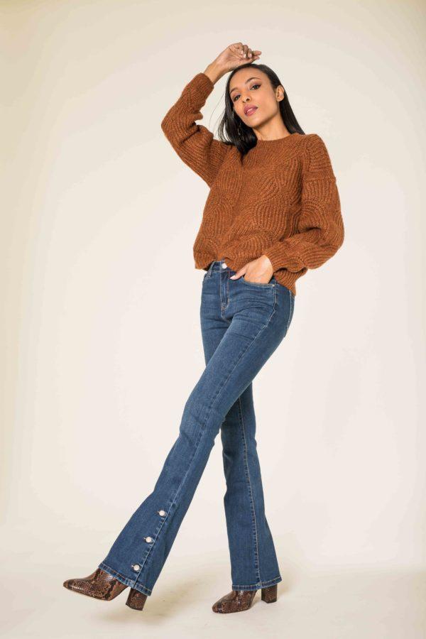 Nina Carter jean large, bootcut, patte d'éph boutons