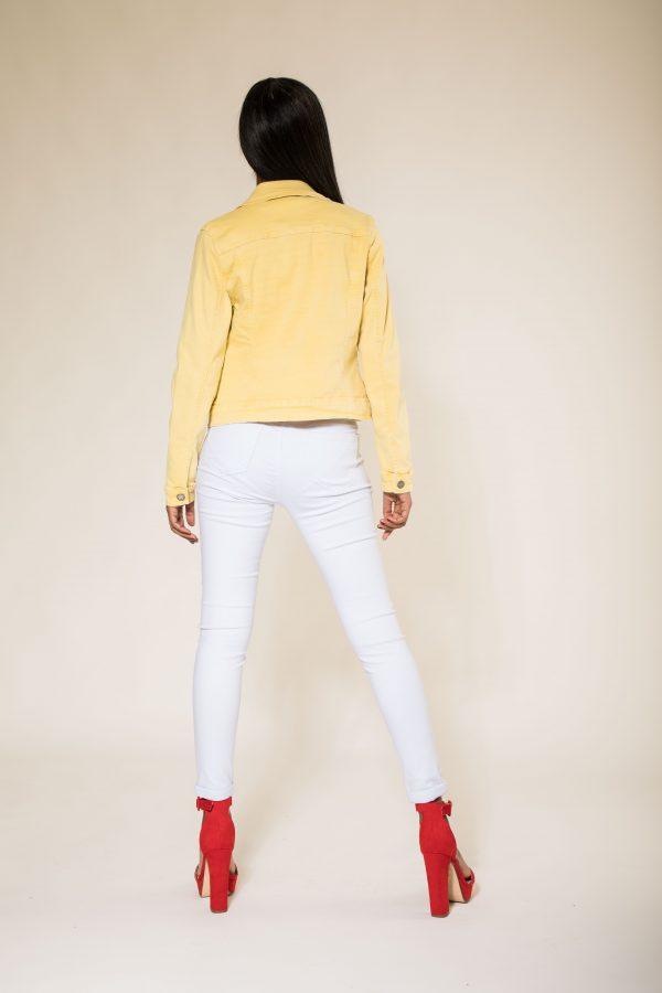 Nina Carter veste jaune
